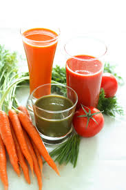 raw food diet woman and home