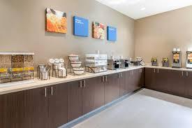 Comfort Inn Sea World Comfort Inn U0026 Suites Zoo Seaworld Area San Diego Compare Deals
