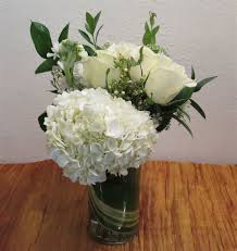 flower delivery minneapolis minneapolis flower delivery â roses hydrangea more