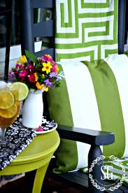 Fall Outdoor Pillows by Easy Outdoor Pillows The Everyday Home
