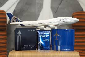 United Airlines Carry On United U0027s Queen Of The Skies Amenity Kits Are A 747 Lover U0027s Dream