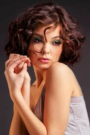 Bob Frisuren Locken Bilder by Frisuren Locken Mittellang Frisur Ideen 2017 Hairstyles