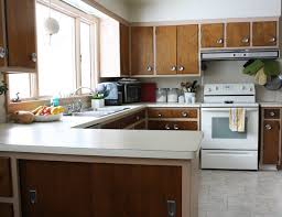 What Paint To Use To Paint Kitchen Cabinets by Learn How And When To Paint Over Wallpaper Diy Network Blog