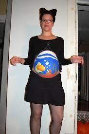 13 super easy diy pregnant halloween costumes mommyish