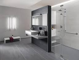 badfliesen grau fliesen grau wohnzimmer home design und möbel ideen