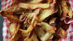 cuisiner la pomme chips d épluchures de pommes de terre au four recette par
