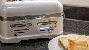 Two Slice Toaster Reviews Kitchenaid Pro Line 4 Slice Toaster Review Cnet