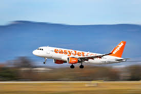 easyjet siege easyjet annual profit drops 30pc as competition bites borneo