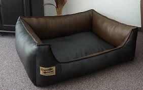 canapé pour chien grande taille sofa pour chien en simili cuir avec coussin 105 x 80 cm noir et