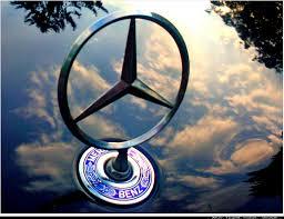 mercedes logo mercedesstern und emblem mercedes benz spiegelung hood or u2026 flickr
