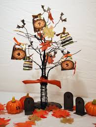 decorated halloween trees halloween decor robertscrafts u0027s blog
