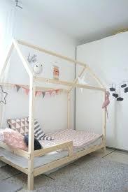 cabane pour chambre cabane lit enfant racaliser un lit cabane pour les enfants