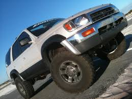 Rhino Bed Liners by How Well Do Spray Bed Liners Hold Up Toyota 4runner Forum