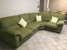 divano angolare colore verde poltrone e sof縲 arredamento e