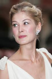 short hairstyles for women over 55 rosamund pike waterline on the bottom tightline on the top
