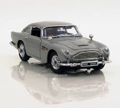 old aston martin james bond 1 24 danbury mint 1964 aston martin db5 saloon james bond 007 version