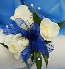 Corsage Prices 3 White Sweetheart Roses Wrist Corsage With Baby U0027s Breath More