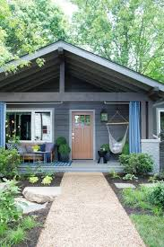 Cottage Front Porch Ideas by Best 25 Bungalow Porch Ideas On Pinterest Bungalow Exterior