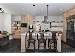 R D Kitchen Fashion Island 1701 Cliff Dr Newport Beach Ca 92663 Mls Np17073450 Redfin