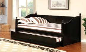 daybed vs couch which should you opt for mygubbi