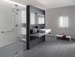 fliesen gestaltung badezimmer badezimmer gestaltung bewertungen â kleines bad gestalten sch