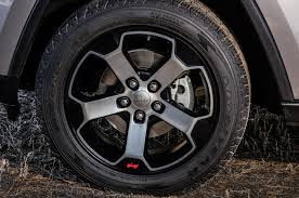 jeep grand cherokee srt wheels 2017 jeep grand cherokee reviews and rating motor trend