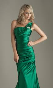 97 best green evening gowns images on pinterest night couture