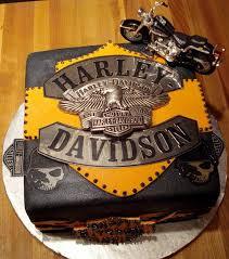 harley davidson wedding cakes wedding cakes harley davidson cake groom 2047943 weddbook