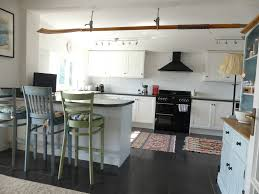 spacious five bedroom house sleeps 10 close to polzeath beach