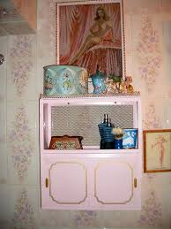 24 best pink bathroom images on pinterest bathroom ideas retro