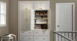 White Maple Kitchen Cabinets Burnham Kitchen Cabinets Bath Vanities Mid Continent Cabinetry