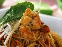 cuisine thailandaise recette recette khanom jin nrik vermicelles épicés sautés aux