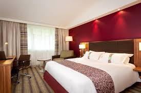 s駱arer une chambre en deux 里爾西方昂格洛智選假日酒店 法國昂格洛 booking com