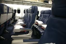 Economy Comfort Class File Delta 767 400er Economy Cabin Jpg Wikimedia Commons