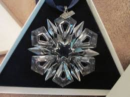 1999 swarovski annual snowflake ornament in