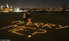 Light Words New York Woman U0027s Proposal Lights Up East River With Words U0027marry