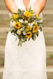 sunflower wedding bouquet 24 brilliant sunflower wedding bouquets for happy wedding