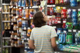 magasin article de bureau le propriétaire de bureau en gros veut fermer 225 magasins