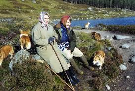 Queen Elizabeth Shooting The Queen U0027s Confidante Margaret Rhodes U0027 Memoirs Show An Eccentric