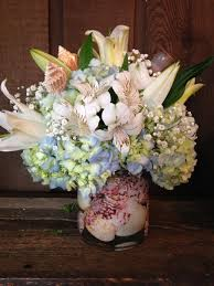 seashell bouquet seashell bouquet in aliquippa pa bate s flower shoppe