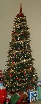 tree ribbon garlands happy holidays