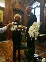 consolato d italia parigi al consolato italiano a parigi poderi fiorini c 礙 poderi fiorini