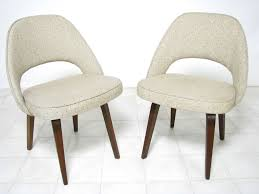 pair of early saarinen executive chairs for knoll ca 1950s at