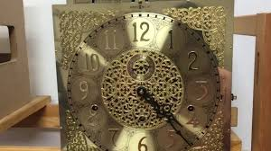 Howard Miller Grandfather Clock Value Howard Miller Grandfather Clock 1985 Youtube