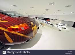 stuttgart porsche museum porsche 911 carrera coupé neues porsche museum zuffenhausen