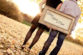 Engagement Photo Props Dos And Don U0027ts For Your Engagement Session Wedloft
