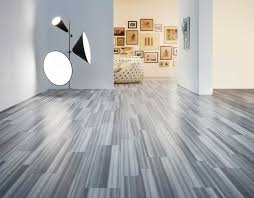 Spongy Laminate Floor Is Vinyl Flooring Right For You Pros And Cons Of This Wall