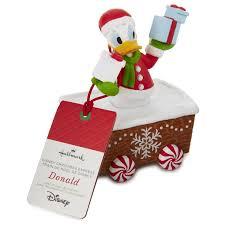 Decoration Noel Disney by Amazon Com Hallmark Xkt2134 Disney Christmas Express Donald Duck