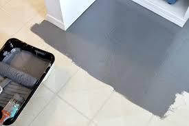 painting a floor how to paint a vinyl floor diy painted floors dans le lakehouse