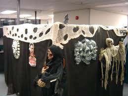 office design easy office halloween themes office halloween